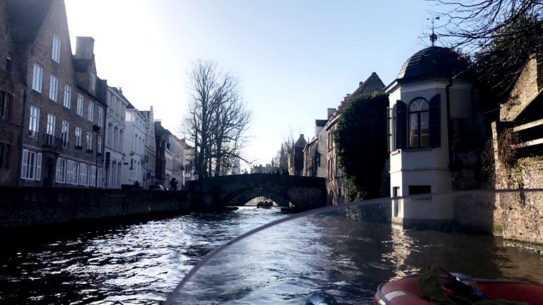 canal-boat-bruges